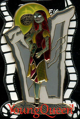 DSSH Disney NBC Nightmare Sally Tombstone Stained Glass Le 400 Pin