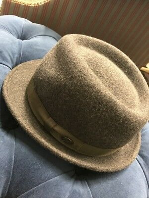 b094e572e4967 EUC Bailey Wynn Men s 100% Wool Teardrop Crown Fedora Grey Hat Made USA  Medium