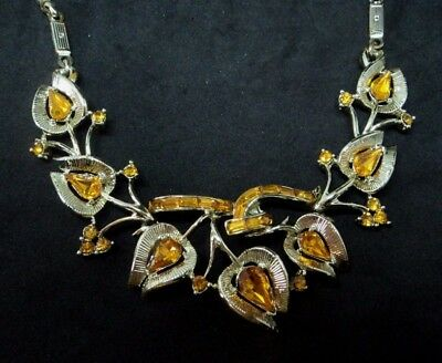 c.1960s Vintage SIGNED JEWELCRAFT Goldtone Metal AMBER GLASS NECKLACE Diamante
