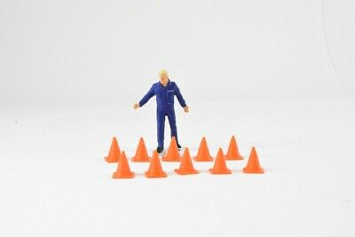 Safety Cones - 1:50 Scale Accessory - Pack Of 10