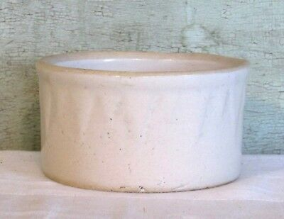 Ruckels White Hall Ill SAWTOOTH ICICLES Stoneware White Butter Crock 1lb size