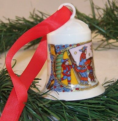 1995 Ole Winther Hutschenreuther Germany Annual Christmas Bell Lappland Reindeer