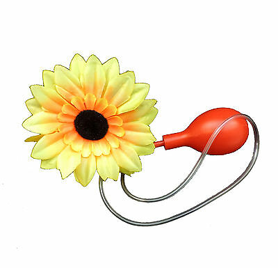 Classic Water Squirting Sunflower Daisy Flower Corsage Pin Suprise Your Date