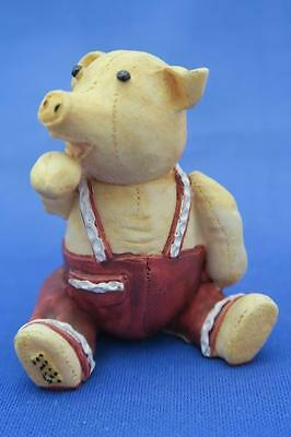 WINSTON PODMORE pig by COLOURBOX Peter Fagan