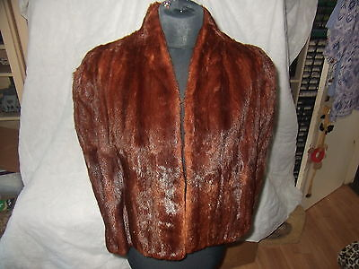 VINTAGE 1940s REAL FUR CAPE(SIZE 14in ACROSS SHOULDERS)  BY NEW YORK CREATIONS
