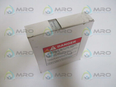 Crouzet Gnr30Acz Relay 30A *new In Box*