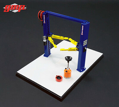 MANUAL 2 POST HOIST - 1:43 Scale by GMP 14301