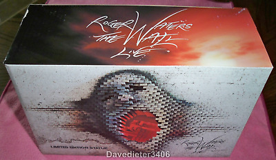 Roger Waters / Pink Floyd The Wall Live VIP Concert Brick Statue NIB 8647/10,000