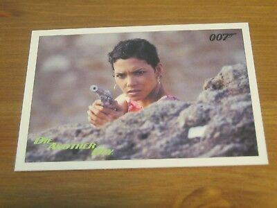 James Bond Archives Final 2017 Throwback Gold # 97 Die Another Day - Halle Berry