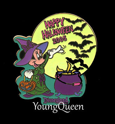Disney Minnie Mouse as Witch Halloween 2005 Glow Pin