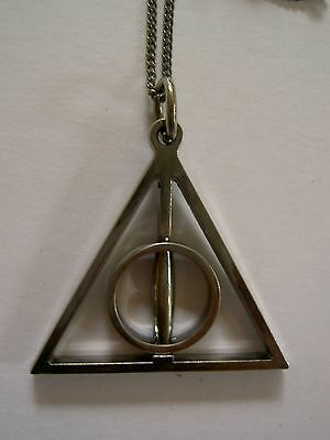 Harry Potter Deathly Hallows - Spinner / Rotates - Necklace - all metal pendant