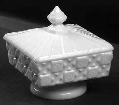 Westmoreland OLD QUILT (MILK GLASS) Compote With Lid 769513