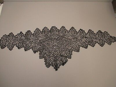 Antique Victorian tape lace collar
