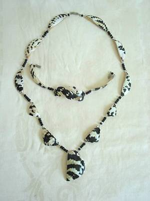 Black and White Sea Shell Necklace and Bracelet Seashell Demi Parure