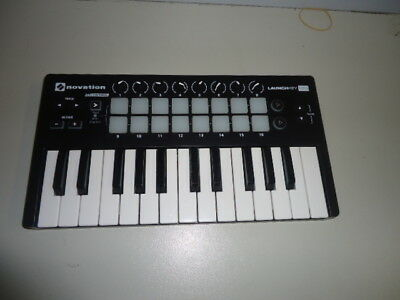 Novation Launchkey Mini Mkii Portable Keyboard Midi Controller
