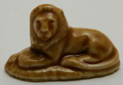 Wade Miniature Lion 4.5cm long