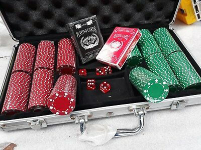 Red & Green x 300 Poker Chips Set - 5 dice - 2 decks ALL Unused c1990 GoldRich N