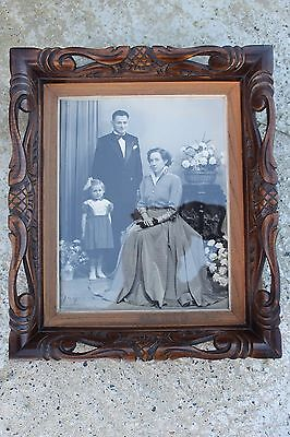 Stunning Sculpted Carved Antique Wooden Frame with Picture Photograph