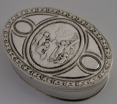 STUNNING FRENCH SOLID SILVER SNUFF / PILL BOX CHERUBS PLAYING ANTIQUE c1900