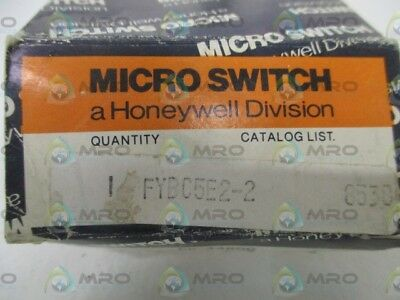 Microswitch Fybc5E2-2 Inductive Proximity Switch *new In Box*