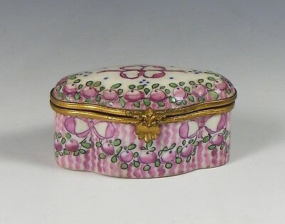 Antique Gabriel Fourmaintraux Desvres French Faience Pill/snuff Box