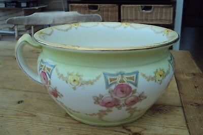 Very Pretty Antique Chamber Pot Made By Colonial Pottery Taunton.