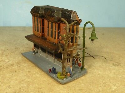 N Scale 1950's CORNER DRUG STORE    (weathered & Detailed) & lighted