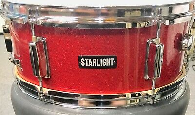Vintage Starlight 5 ½ x 14 RED SPARKLE 6 Lug Snare Drum in very good condition.