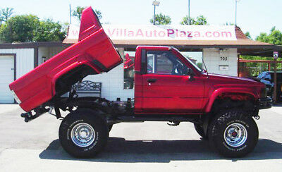 1987 Toyota Other Tilt Bed Removable Top 1987 TOYOTA Regular Cab HYDRAULIC TILT BED REMOVABLE TOP Only 55k Miles!