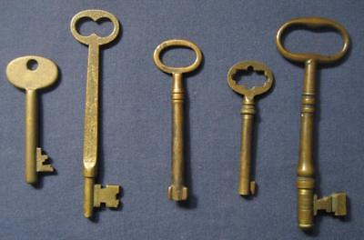 Very Nice Lot Of Five (5) Antique Vintage Solid Brass Skeleton Keys