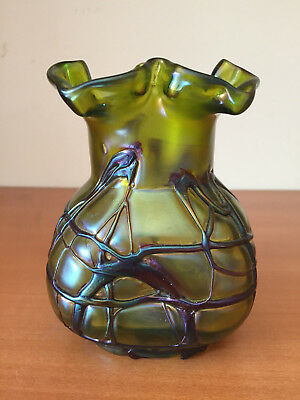 Antique Crete Green LOETZ Pallme Konig Threaded Art Glass Vase Polished Pontil