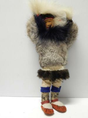 Unusual Vintage Eskimo / Inuit Indian Doll W Dance Fans + Moveable Arms - Nr !