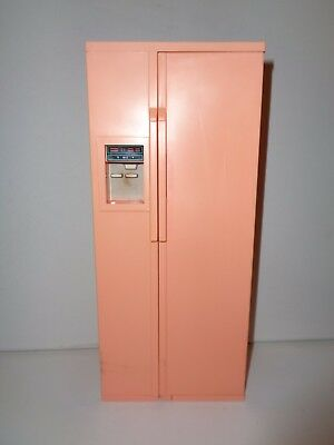 Vintage Barbie dolls house fridge with accessories in good used condition