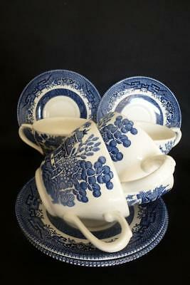 4 Churchill Bowls Willow Pattern Blue & White Cups & Saucers Mismatch