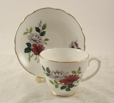 Duchess Bone China #781 Tea Cup & Saucer  Red & White Floral