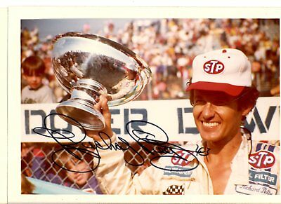 Richard Petty Autograph Orig 1970s 5x3.5 Photo NASCAR Modified 4544