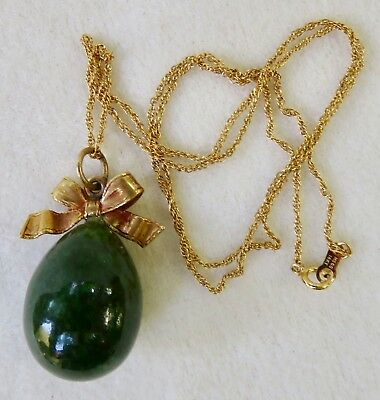 ANTIQUE 14K YELLOW GOLD & RICH GREEN JADE EGG & BOW PENDANT with CHAIN NECKLACE