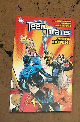 Teen Titans On the Clock Albuquerque McKeever Igle DC TPB Comic Book VF+  bx