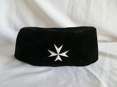 Masonic Knights Of Malta Brothers Hat With Badge  (30)