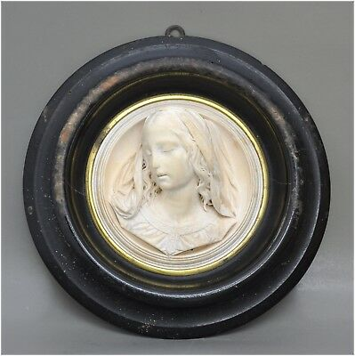 Round Antique Relief with Young Woman - Sign ragomeau