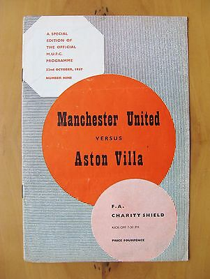 MANCHESTER UNITED v ASTON VILLA Charity Shield 1957 VG Cond Programme INC TOKEN