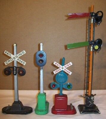 vintage~RAILROAD CROSSING SIGNALS~4 ELECTRIC R.R. SIGNAL STOP LIGHTS~3 LIONEL~