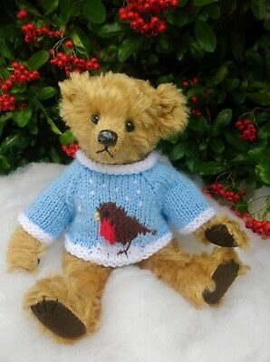 "*TEDDY CLOTHES* new hand knitted Christmas Robin jumper to suit a 9"" bear"
