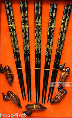 Wholesale East Wood chopsticks set with Dragon 5 Pairs Free gift duck