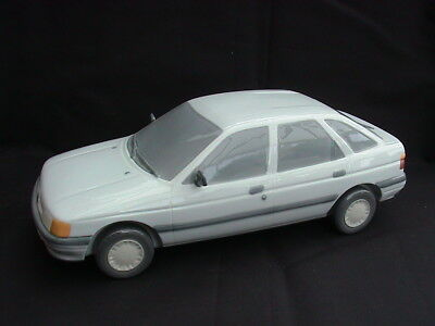 Lladro 7507. 1990 Ford Escort. Mint & in Original Box. RARE. 285mm long.