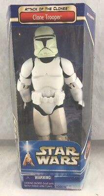 Hasbro Star Wars Attack Of The Clones Clone Trooper MISB