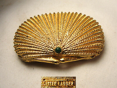 Vtg Estee Lauder Golden Scalloped Shell Full Solid Perfume Compact w/ Green