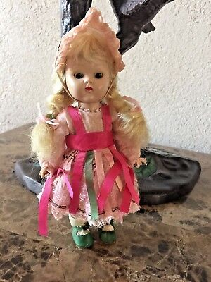 1954 Pl Slw Giiny Doll In Christine Outfit-Rootbeer Eyes