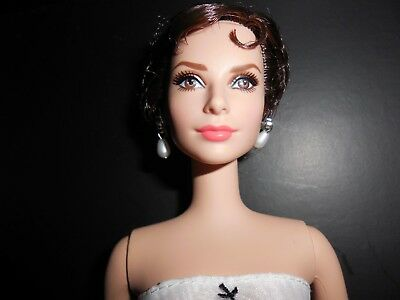 Audrey Hepburn as Sabrina Genuine Silkstone Body Barbie NRFB Limited to 12,000