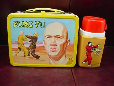 VINTAGE 1974 KUNG FU METAL LUNCHBOX with PLASTIC THERMOS